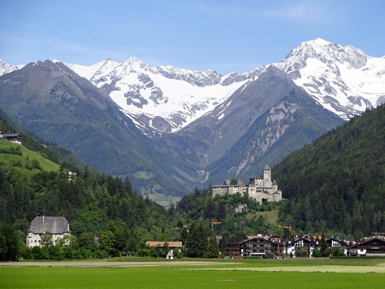 http://www.bailando-reisen.de/assets/content/reisen/Südtirol/2015-Südtirol02.jpg
